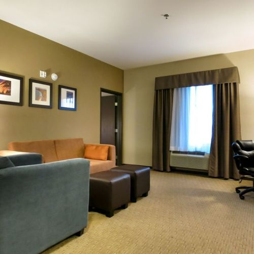 Comfort Suites Saskatoon Accessible 1 Bedroom Suite
