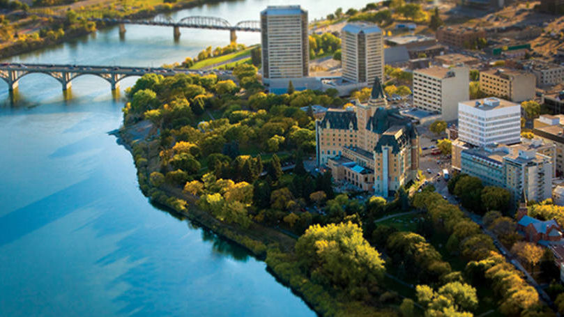 Saskatoon Hotel Guide: Where the Locals Hang Out